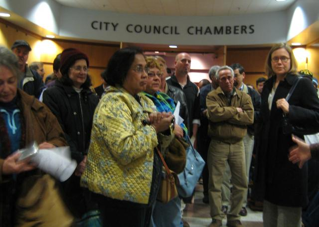 Community fills the City Council Chambers